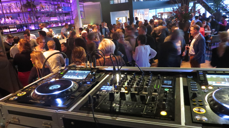 Super DJ Den Haag