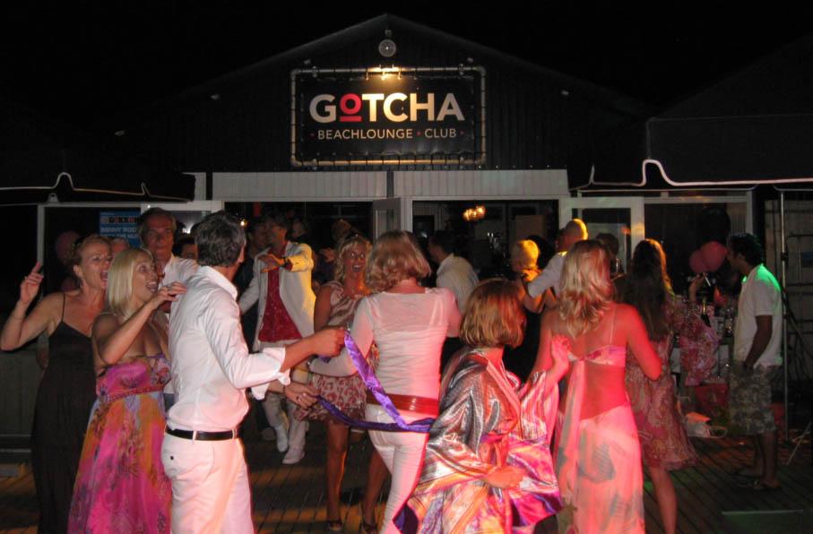 DJ beachclub kijkduin Scheveningen
